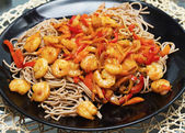 Spaghetti seafood and vegetables — Stock Photo