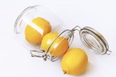 Lemons in jar — Stock fotografie