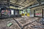 Dilapidated workshop in an abandoned factory — Foto de Stock
