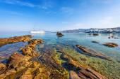 Rocky beach in front of Little Venice in Mykonos — Stock Photo
