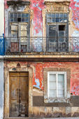 Old building facade in Olhao — Stock Photo
