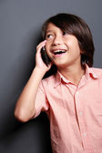 Boys talking on the phone — Stock Photo
