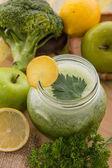 Apple, broccoli, Celery juice mix — Fotografia Stock