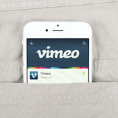 IPhone 6 displaying Vimeo application — Stock Photo