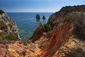 Coast with cliffs in Lagos at Algarve in Portugal — Fotografia Stock