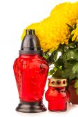 Grave candle  lantern with flowers — Stock Photo