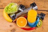 フィットネス機器や健康食品 — ストック写真