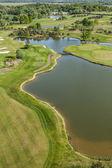 Golf alan üzerinde havadan görünümü — Stok fotoğraf