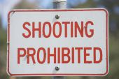 Close up Sign shooting prohibited outdoor — Stock Photo