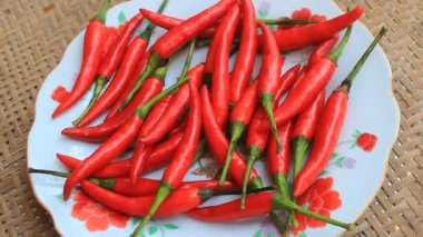 The chillis in the plate — Stock Video