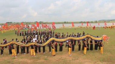 Markeren in het traditionele festival in vietnam — Stockvideo