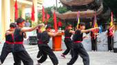HAI DUONG, VIETNAM, JULY, 23: The martial arts practitioners per — Stock Photo