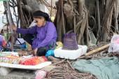 HAI DUONG, VIETNAM, SEPTEMBER, 10: People selling good on Septem — Stock Photo
