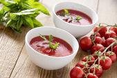 Zuppa di pomodoro in ciotole — Foto Stock