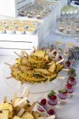 Fruit and dessert buffet — Stockfoto