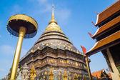 Wat Phra That Lampang Luang avec un ciel bleu, la Province de Lampang, Tha — Photo
