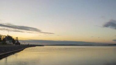 Evening sunset on city quay — Stock Video