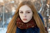 Closeup portrait of beautiful girl in winter — Stock Photo