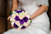 Bridal Bouquet with purple Roses  — Stock Photo