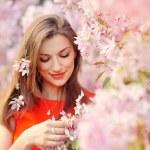 Beautiful woman enjoying field, pretty girl relaxing outdoor, ha — Stock Photo #54571877