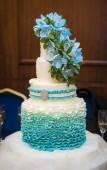 Ombre ruffle cake  — Stock Photo