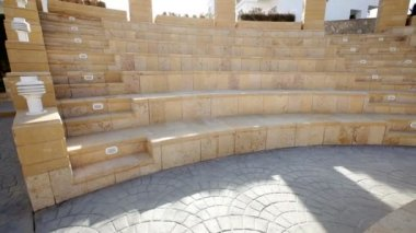 Amphitheater on the territory of the hotel — Stock Video