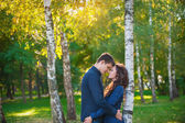 Couple in love walking in the summer park — Stockfoto