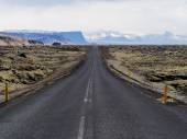 View along Iceland's Ring Road — Stock Photo
