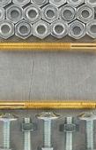 болты и гайки инструмент на металле — Стоковое фото