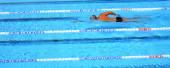 Zwembad buiten — Stockfoto