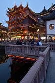 Šanghaj - Mart Yuyuan turistické — Stock fotografie