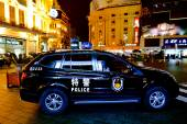 Chinese police car guarding Nanjing Road — Stock Photo