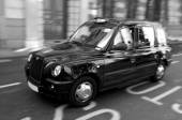 London black cab in City of London UK — Stock Photo