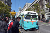 Passengers and San Francisco's original double-ended PCC streetc — Stock Photo