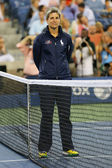 Chair umpire Marija Cicak before first round match between Serena Williams and Taylor Townsend at US Open 2014 — Stock Photo