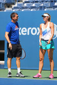 Five times Grand Slam champion Maria Sharapova practices with her coach Sven Groeneveld for US Open 2014 — Stock Photo