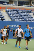 Grand Slam Champion Andy Murray with his team and coach Amelie Mauresmo ready for practice for US Open 2014 — Stock Photo