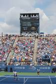 Luis Armstrong Stadium at the Billie Jean King National Tennis Center during US Open 2014 men doubles match — Stock Photo