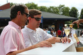 US Open 2014 visitors at Moet and Chandon champagne lounge at the National Tennis Center — Stock Photo