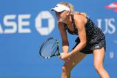 Professional tennis player Caroline Wozniacki practices for US Open 2014 — Stok fotoğraf