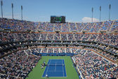 Arthur Ashe Stadium during US Open men semifinal match between Novak Djokovic and Kei Nishikori — Stock Photo