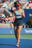 Five times Grand Slam champion Mariya Sharapova during third round match at US Open 2014 against Caroline Wozniacki — Stock Photo