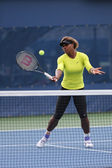Seventeen times Grand Slam champion Serena Williams practices for US Open 2014 — Foto Stock
