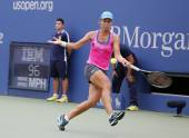 Professional tennis player Varvara Lepchenko during fourth round match at US Open 2014 — ストック写真