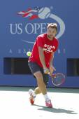 Grand Slam Champion Stanislas Wawrinka practices for US Open 2014 at Billie Jean King National Tennis Center — Stockfoto
