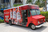 Budweiser distributor truck at Grand Cayman — Stock Photo