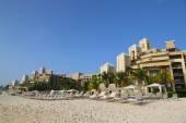 The Ritz-Carlton Grand Cayman luxury resort located on the Seven Miles Beach — 图库照片