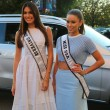 Miss Universe 2014 Gabriela Isler from Venezuela and Miss USA 2014 Nia Sanchez from Nevada at the red carpet before US Open 2014 opening night ceremony — Stock Photo #57570335