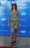 American model and actress Bridget Moynahan at the red carpet before US Open 2014 opening night ceremony — Stock Photo
