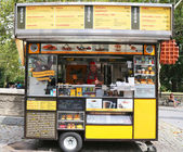 Wafels and Dinges cart in Central Park — Stock Photo